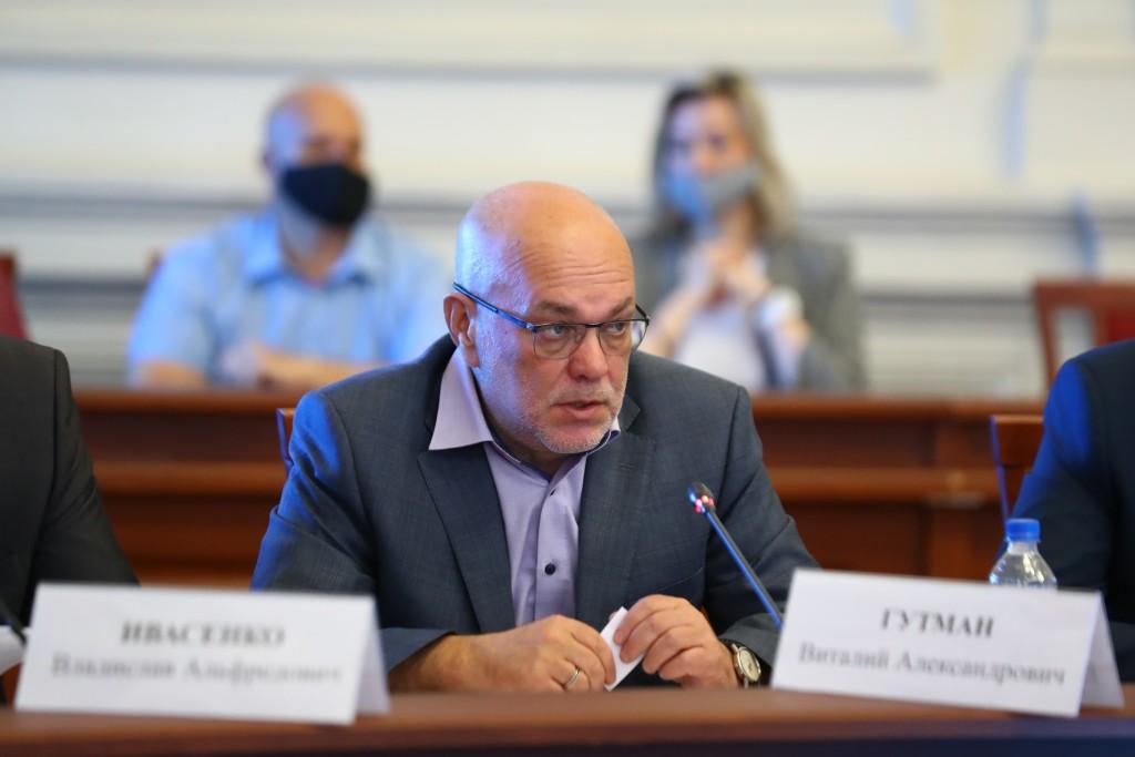 Виталий Гутман: пить, курить и употреблять наркотики уже немодно