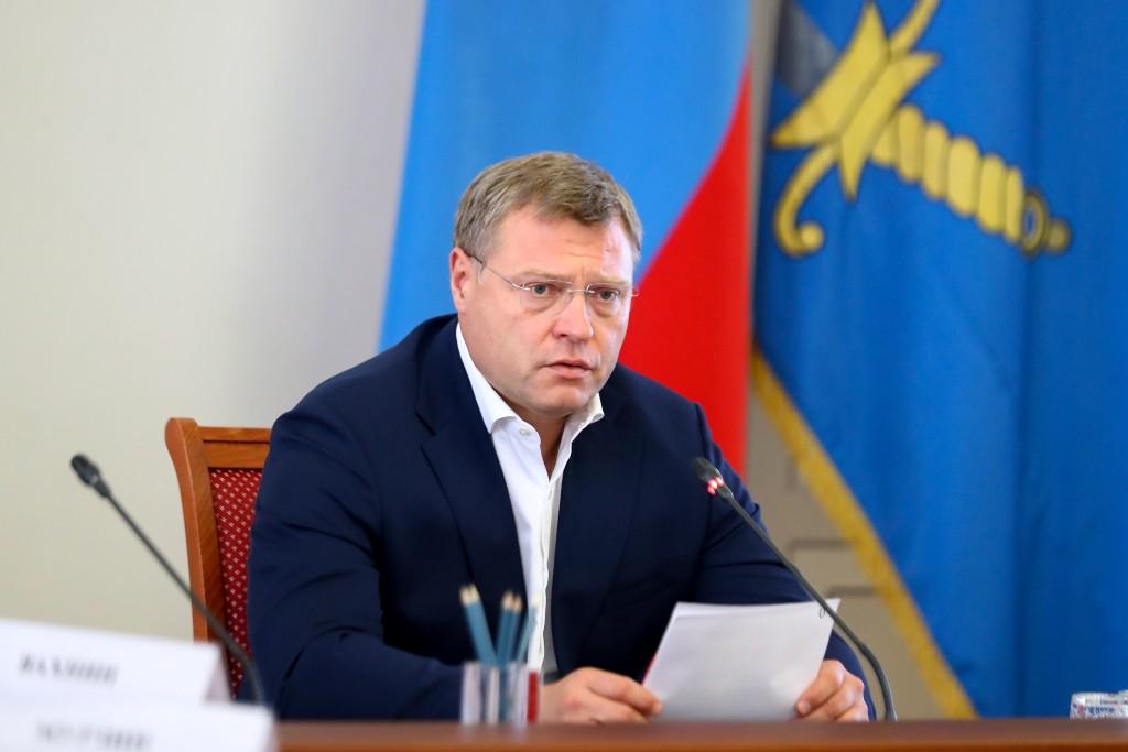 Астраханские власти не исключают введения более жестких ограничений из-за ковида