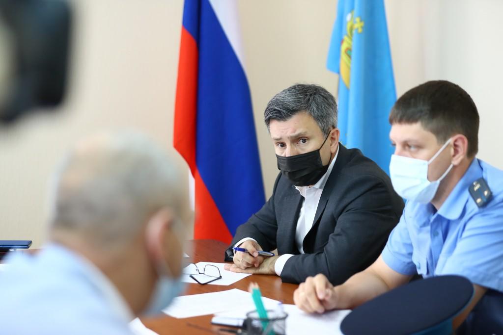 В Астраханской области сиротам хотят выдавать сертификаты вместо квартир