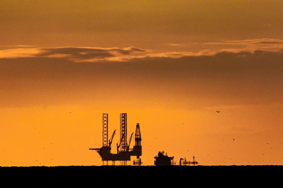 Банк «Открытие»: хрупкий баланс нефтяного рынка на повышенных ценах