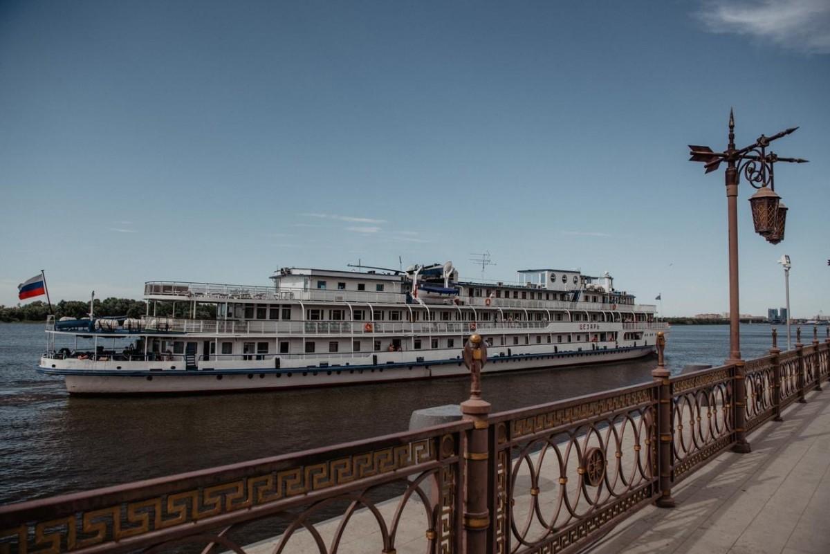 Новый круиз по Волге в Астрахань обойдется туристам дешевле