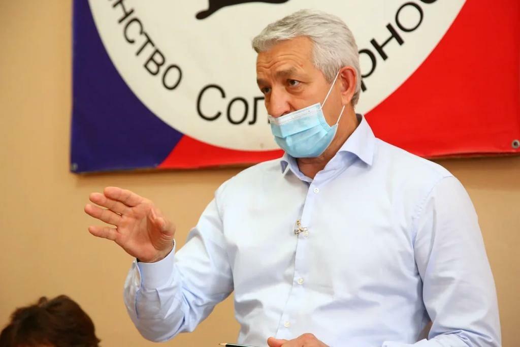 Леонид Огуль начал формировать народную программу здравоохранения