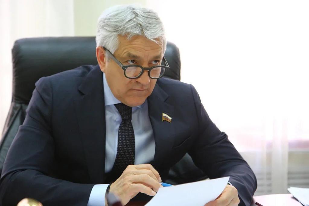 Леонид Огуль назвал использование фальшивых QR-кодов преступлением перед обществом