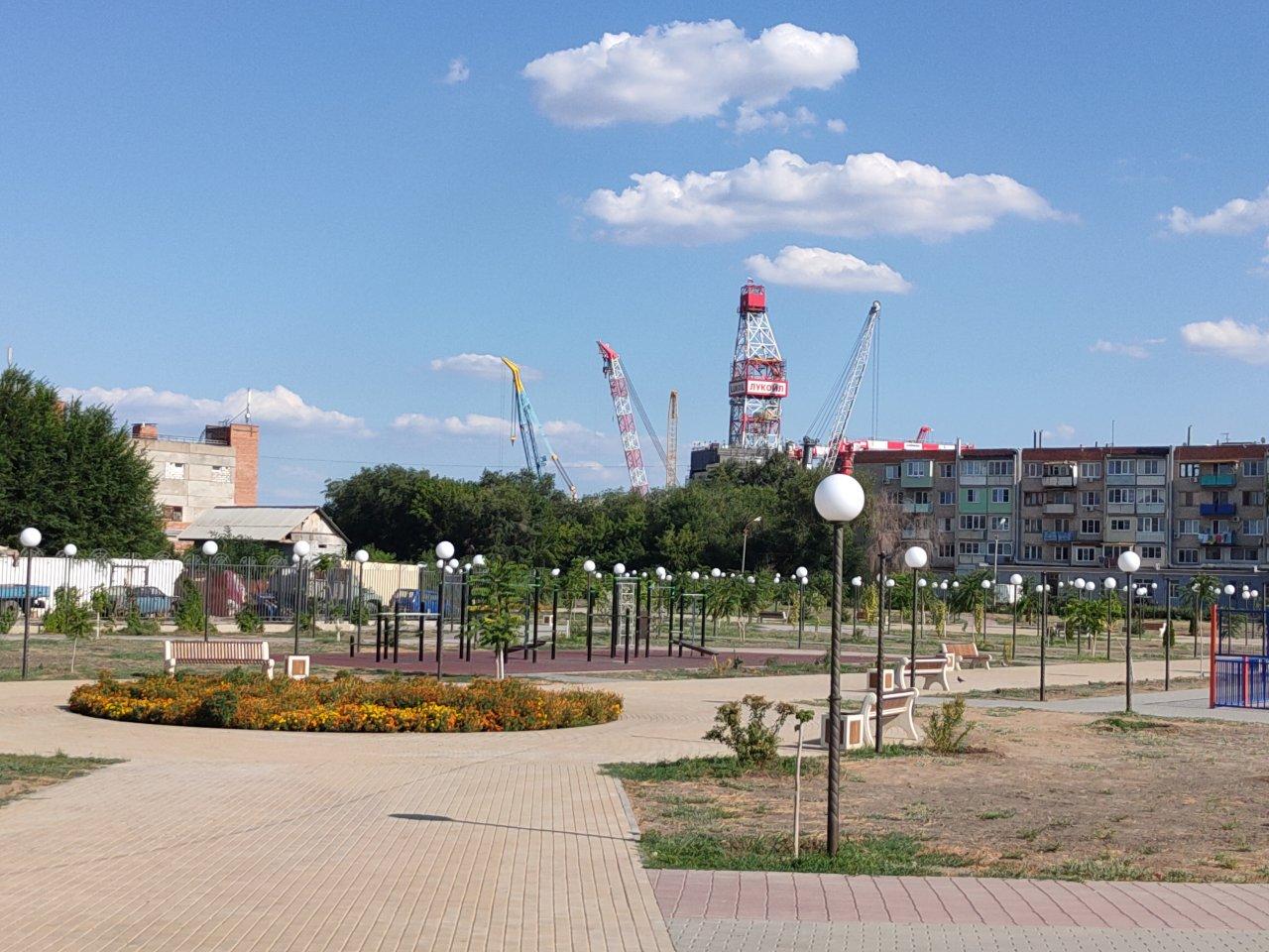 Председатель Гордумы Астрахани обратил внимание на незавершенность парков