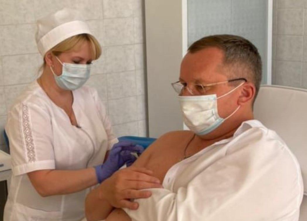 Игорь Мартынов сделал прививку от коронавируса