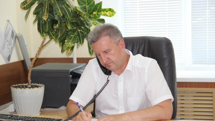 Астраханские чиновники начали прямые линии с населением