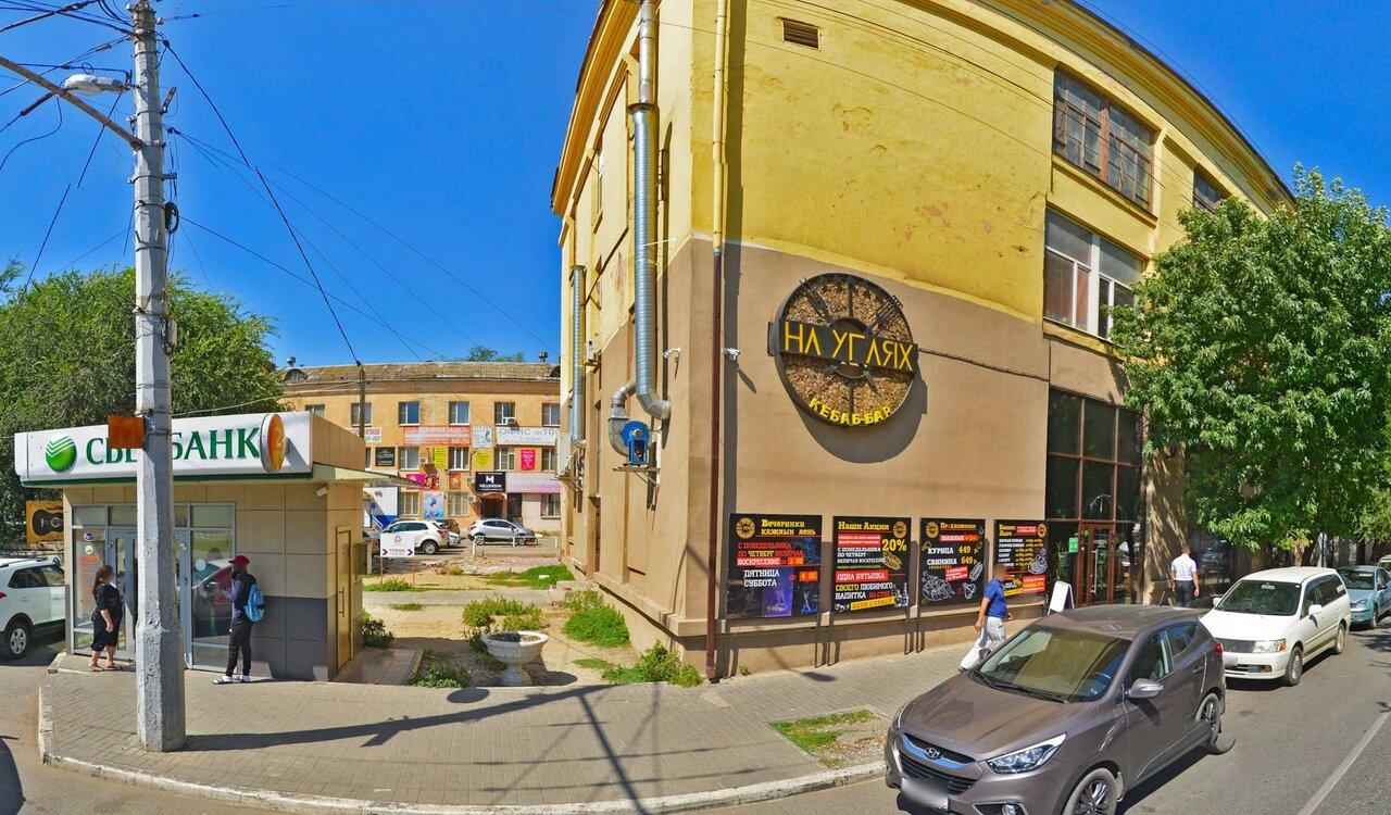 Кафе в Астрахани, где отравились 10 человек, временно закрыли