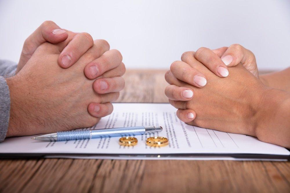 В Астраханской области число разводов бьет рекордные отметки