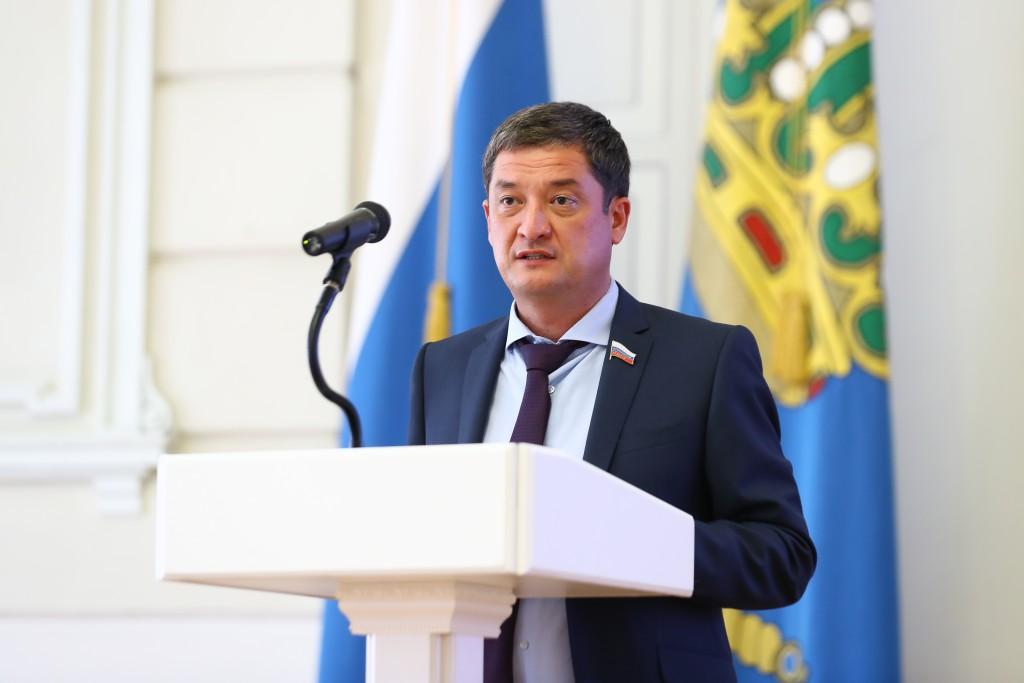 Астраханец Ринат Аюпов получил мандат депутата Госдумы