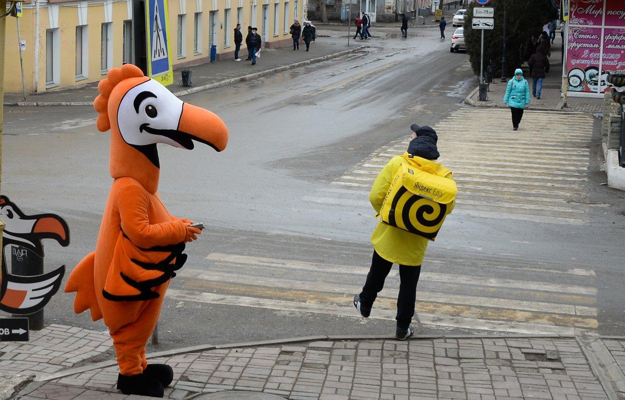 Курьеры в Астрахани зарабатывают выше среднего