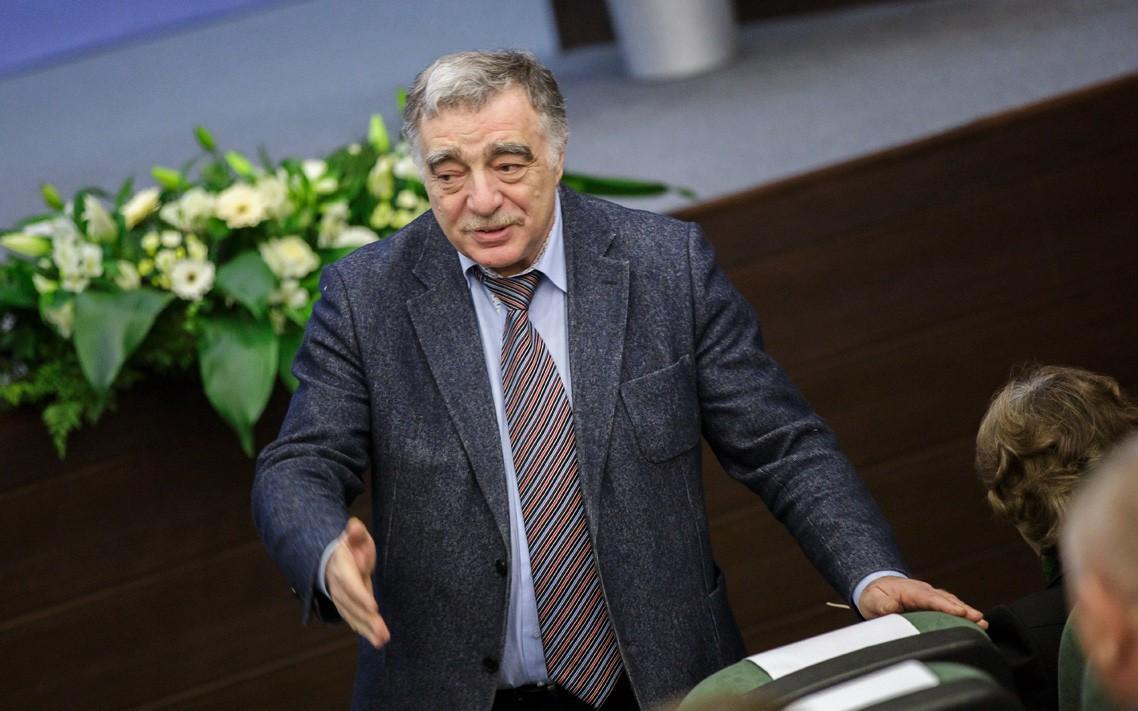 Гендиректор АО «АГЗРТ» Яков Геллер: любой может стать поставщиком продукции для государственных нужд
