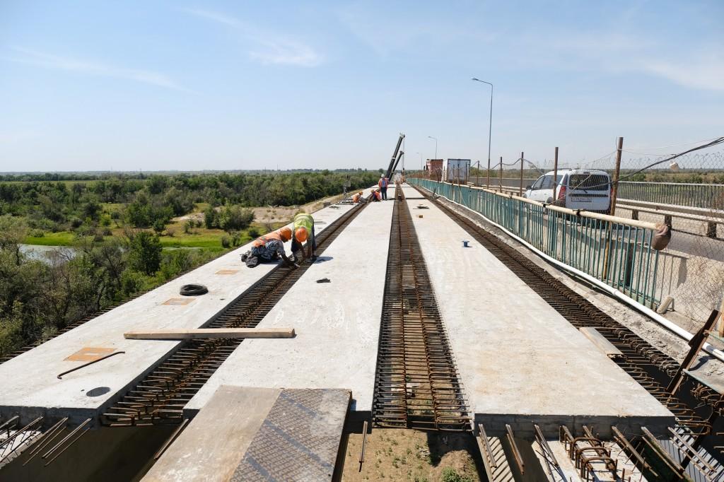 Мост через Белый Ильмень собираются открыть через два месяца