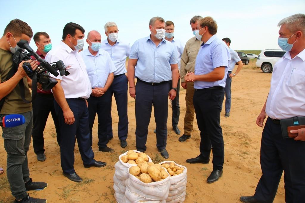 Астраханским фермерам не хватает воды
