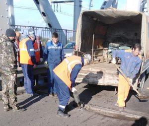 На Старом мосту через Волгу отремонтировали стыки