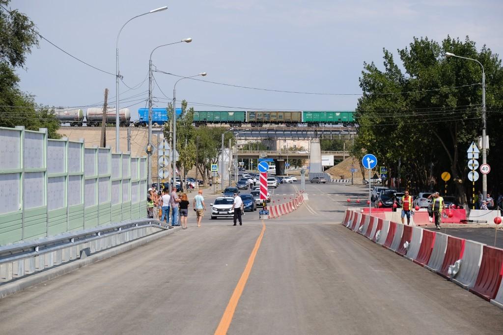Работы на Милицейском мосту продолжаются