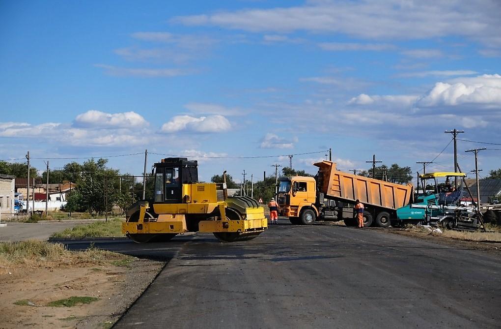 В Камызяке завершают ремонт нескольких улиц