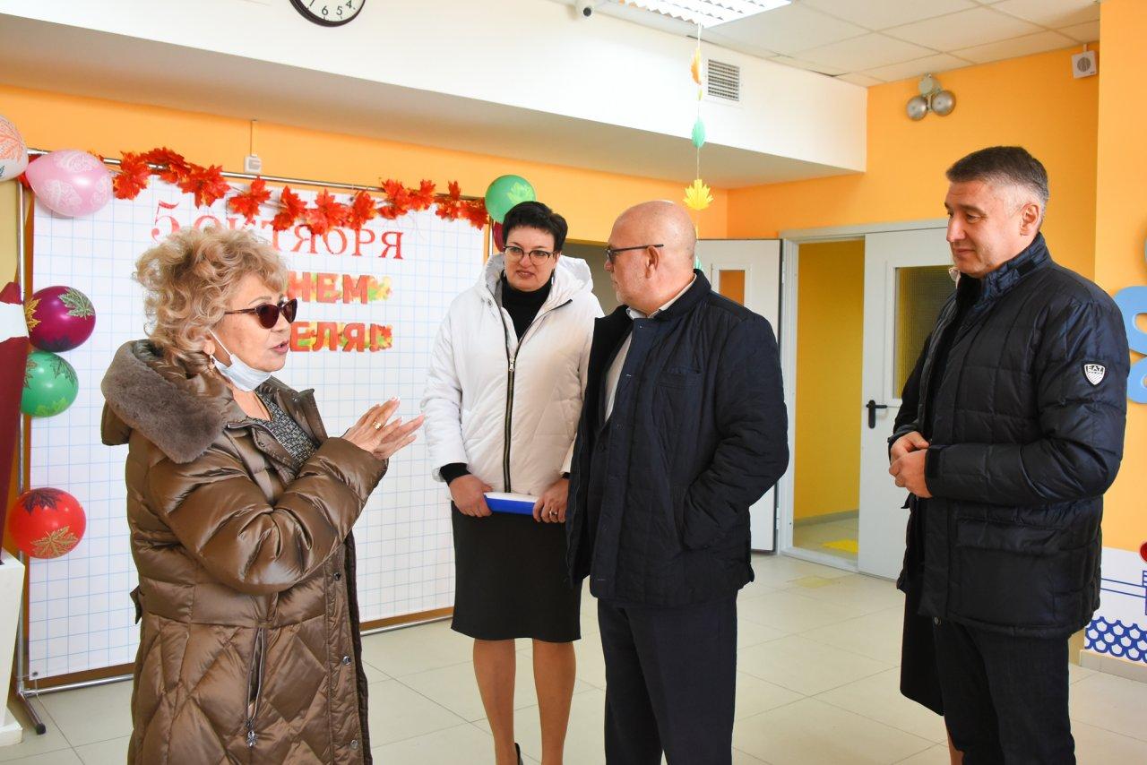 Депутаты держат на контроле реализацию нацпроектов в Астраханской области