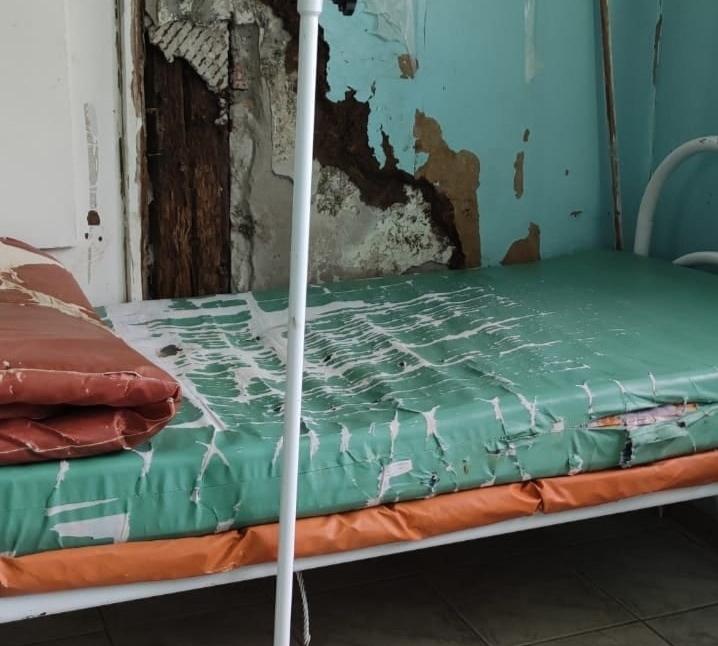 Жуткую палату в инфекционной больнице отремонтируют после поста в соцсетях