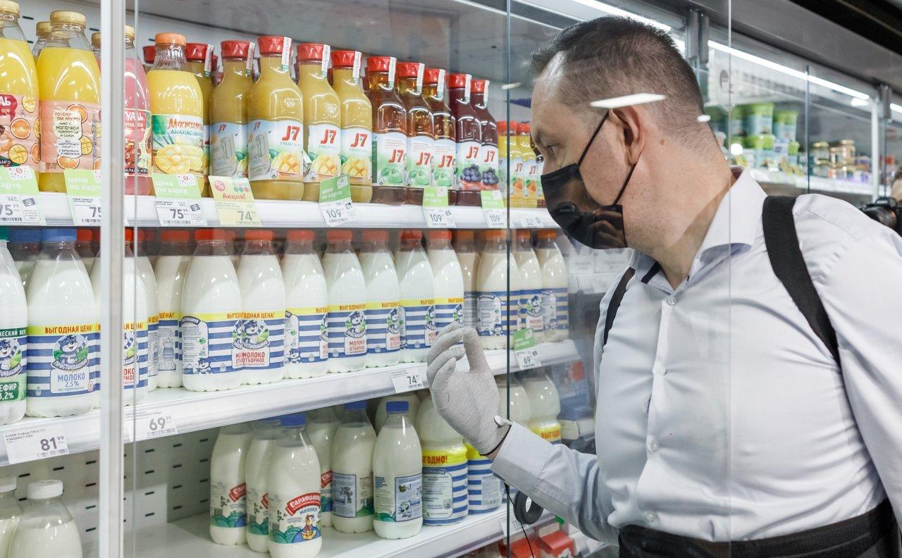 В Астрахани резко дорожают молоко и сметана