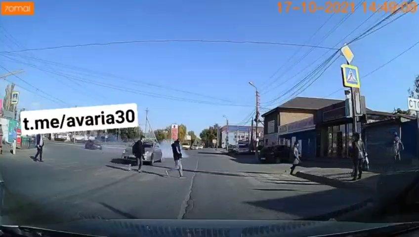 Напугавшего жителей Бабаевского лихача на «Мерседесе» удалось поймать