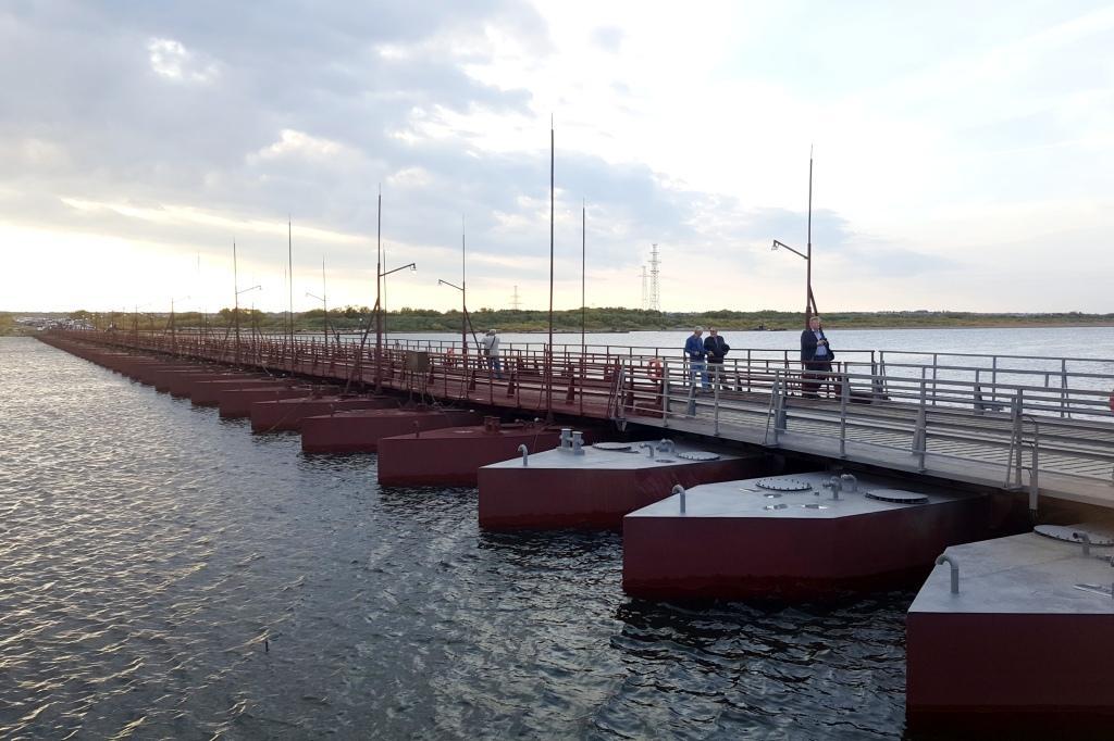 Астраханские власти хотят закупить наплавные мосты как альтернативу паромам